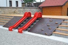 Plezalna ploščad PLEEZY s toboganoma